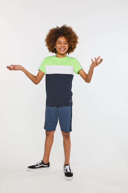 Jongens T-shirt met colourblock Felgroen